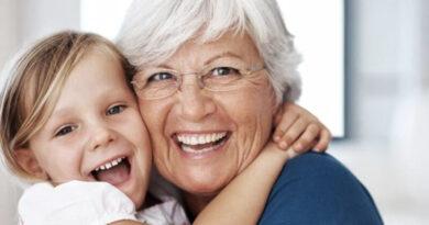 Dzięki Babciom ludzie żyją dłużej